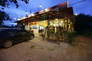 Sukhothai Hostel