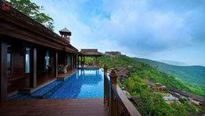 Yalong Bay Earthly Paradise Bi..