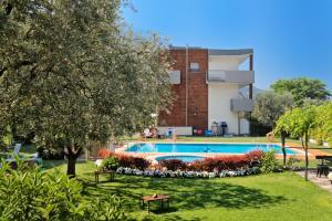 Sporthotel Villa Stella, Отели  Торболе - big - 24