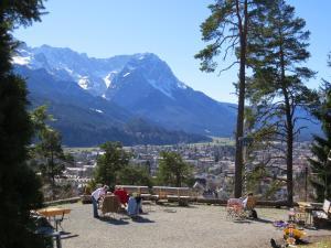 Landhotel und Berggasthof Panorama, Hotel  Garmisch-Partenkirchen - big - 63