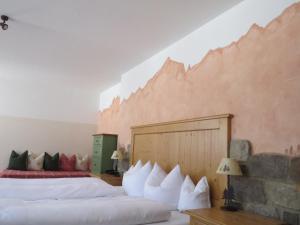 Landhotel und Berggasthof Panorama, Hotel  Garmisch-Partenkirchen - big - 8