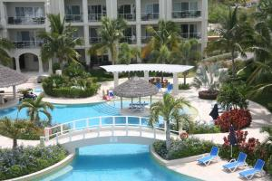 The Atrium Resort, Resort  Grace Bay - big - 82