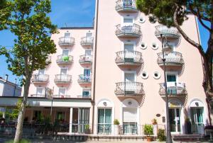 Hotel Laura - AbcAlberghi.com