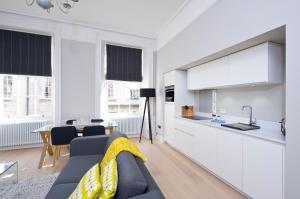 Destiny Scotland - Hill Street Apartments, Apartments  Edinburgh - big - 28
