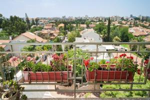 Kfar Saba View Apartment, Apartmány  Kefar Sava - big - 33