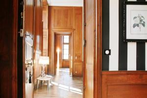 Apartment Le 1725, Ferienwohnungen  Saint-Malo - big - 51