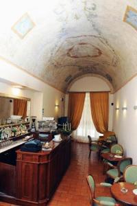 Hotel Urbano V, Hotel  Montefiascone - big - 20