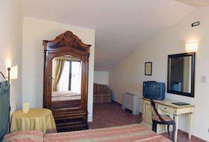 Hotel Urbano V, Отели  Монтефьясконе - big - 8