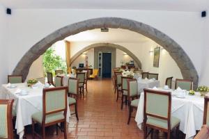 Hotel Urbano V, Hotel  Montefiascone - big - 26