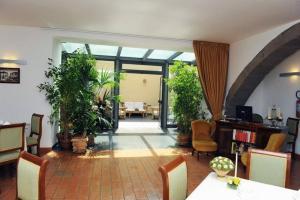 Hotel Urbano V, Hotel  Montefiascone - big - 28