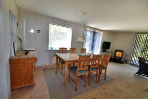 Holiday home Akelejevej B- 174, Ferienhäuser  Rødhus - big - 9