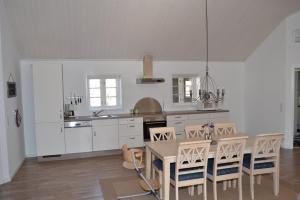 Holiday home Mikkelsensvej E- 937