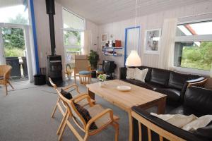 Holiday home Fyrmarken B- 1278, Holiday homes  Nørre Lyngvig - big - 12