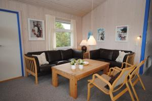 Holiday home Fyrmarken B- 1278, Holiday homes  Nørre Lyngvig - big - 6
