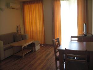 Chateau Aheloy, Apartmánové hotely  Aheloy - big - 8