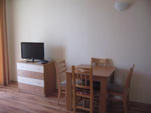 Chateau Aheloy, Apartmánové hotely  Aheloy - big - 6
