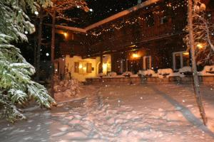 B&B Villa Dolomites Hut, Bed & Breakfast  San Vigilio Di Marebbe - big - 20