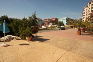 Menada Esperanto Apartments, Apartmány  Slunečné pobřeží - big - 100