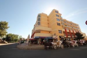 Menada Esperanto Apartments, Apartmány  Slunečné pobřeží - big - 110