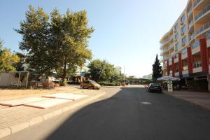 Menada Esperanto Apartments, Apartmány  Slunečné pobřeží - big - 75