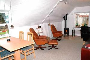 Holiday home Ørredvej A- 3349, Holiday homes  Hemmet - big - 2