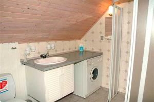 Holiday home Ørredvej A- 3349, Holiday homes  Hemmet - big - 10