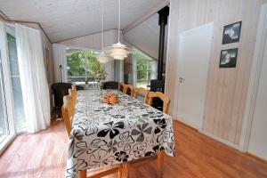 Holiday home Revlingestien F- 3706, Дома для отпуска  Torup Strand - big - 10