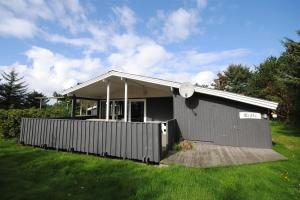 Holiday home Sigfred E- 3969