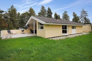 Holiday home Tyttebærstien A- 4941, Dovolenkové domy  Torup Strand - big - 1