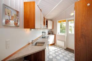 Holiday home Tyttebærstien A- 4941, Dovolenkové domy  Torup Strand - big - 21