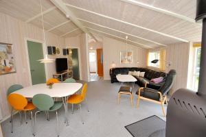 Holiday home Tyttebærstien A- 4941, Dovolenkové domy  Torup Strand - big - 4