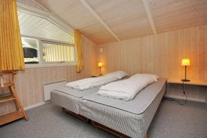 Holiday home Tyttebærstien A- 4941, Holiday homes  Torup Strand - big - 2