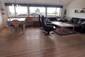 Holiday home Valmuevej B- 5006, Holiday homes  Rønde - big - 8