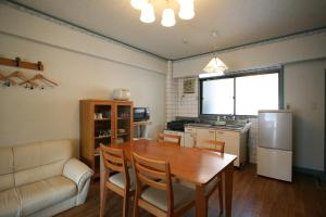 Garland Court Usami Private Hot Spring Condominium Hotel, Residence  Ito - big - 25