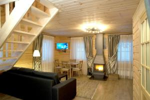 Baza otdiha Lesnaya Obitel, Country houses  Roshchino - big - 8