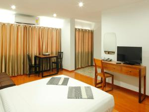 Standard Studio with Sofa Bed