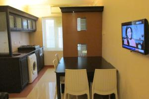 Royal Castle Service Apartment, Appartamenti  Nedumbassery - big - 33