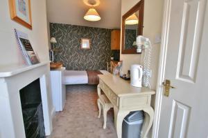Central Hotel Cheltenham by Roomsbooked, Hotely  Cheltenham - big - 9