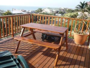 A1 Kynaston Accommodation, Bed and Breakfasts  Jeffreys Bay - big - 55