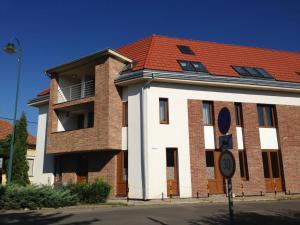 Lovagvár Apartments, Apartmány  Gyula - big - 1