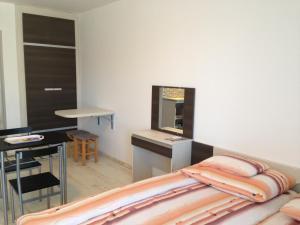 Lovagvár Apartments, Apartmány  Gyula - big - 15