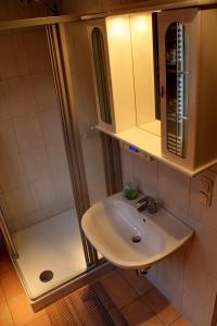Haus Veni, Appartamenti  Bad Grund - big - 63