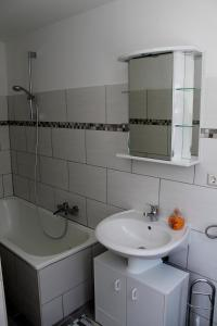 Haus Veni, Appartamenti  Bad Grund - big - 42