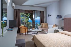 Aeolos Beach Hotel (3 of 97)