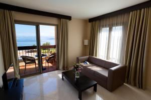 Blue Waves Resort, Hotels  Malinska - big - 5