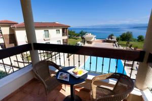 Blue Waves Resort, Hotels  Malinska - big - 42