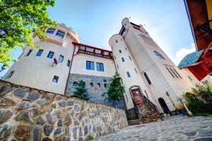 House of Dracula Hotel, Hotely  Poiana Brasov - big - 38