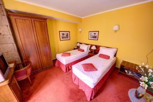 House of Dracula Hotel, Hotely  Poiana Brasov - big - 5