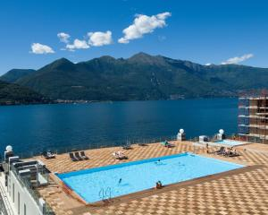 Golfo Gabella Lake Resort - AbcAlberghi.com