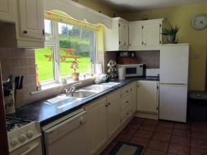 Laurel Lodge - Connemara Self Catering, Ferienhäuser  Letterfrack - big - 12